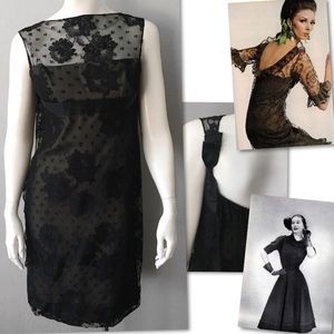 PAT SANDLER VINTAGE 60S / 70S WIGGLE LACE DRESS